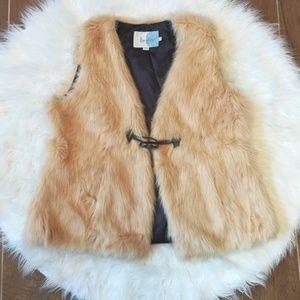Boden Faux Fur Vest Gilet 12 L